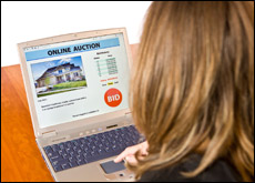 (English) Online Auctions: Future of the Housing Market?
