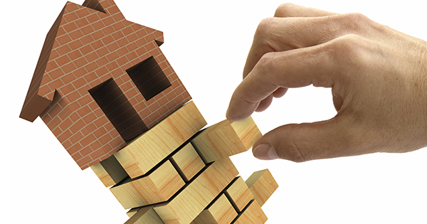 Will an Increase in Interest Rates Crush Home Prices?