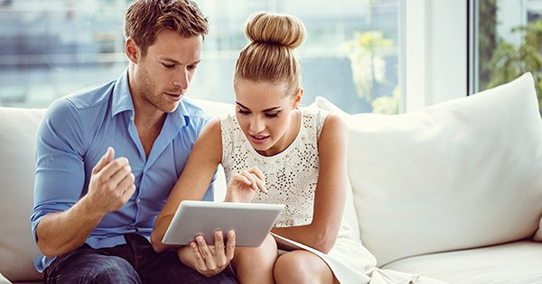 Picking a Real Estate Agent through Facebook