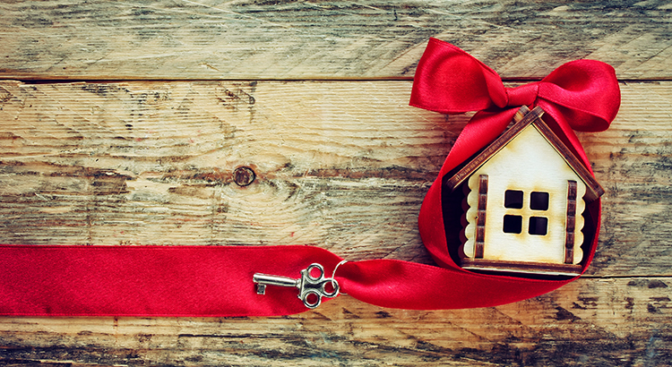 Your House May Be High on the Buyer Wish List This Holiday Season | Keeping Current Matters